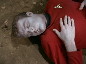 tos_red shirt